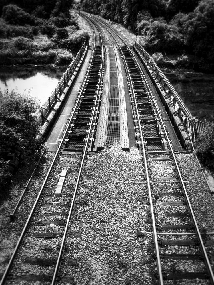 Tracks Mike Bondartschuk