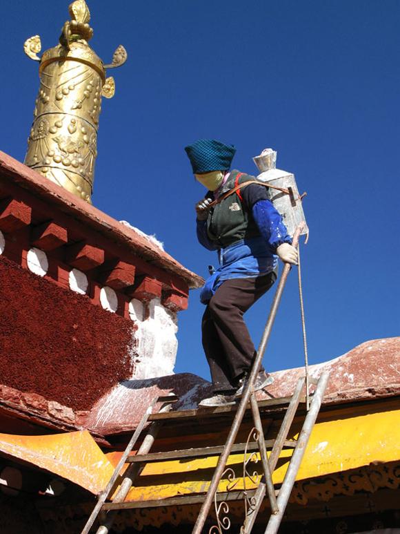 The Painter'S Helper, Lhasa Tibet